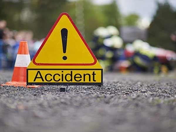सडक दुर्घटनामा ३ जनाको मृत्युु