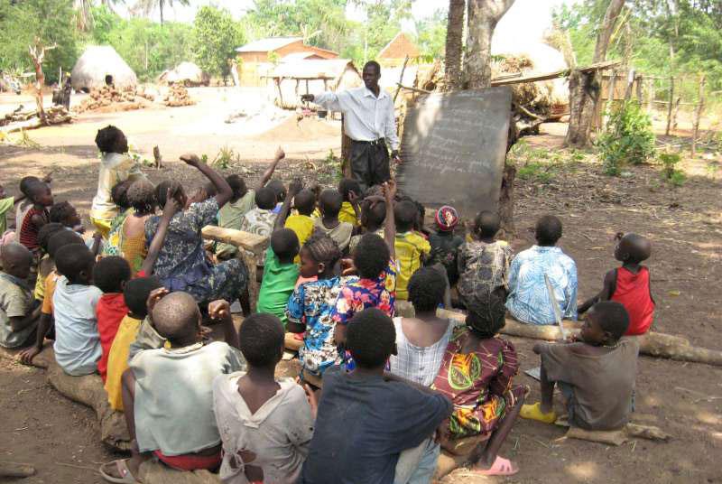 मध्य अफ्रिकामा १५ लाख बालबालिकालाई 'सहयोग'को आवश्यकता