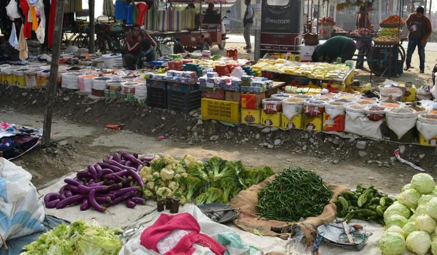 बिराटनगरका सडकमा हटिया राख्न नपाइने, वडाध्यक्षलाई जग्गाको पिरलो