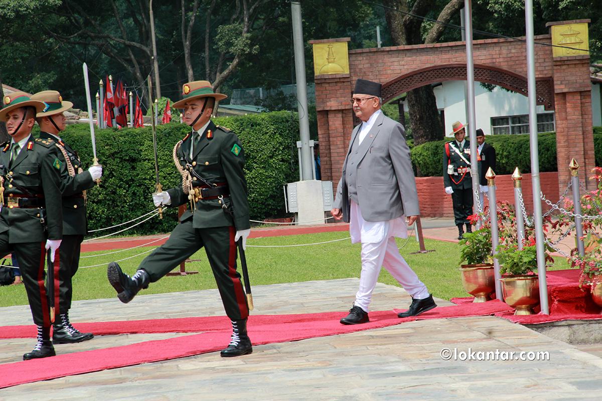 प्रधानमन्त्री ओली चीनबाट फर्किँदा जे देखियो [फोटोफिचर]