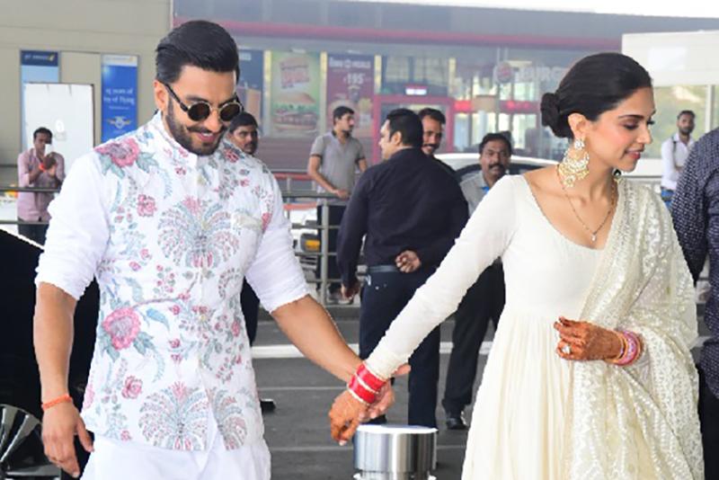 मुम्बइ एयरपोर्टमा यस्तो पहिरनमा देखिए रणवीर र दीपिका, पार्टी दिन बेंगलुरु प्रस्थान