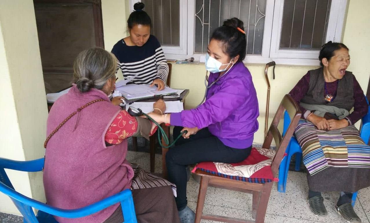 काठमाडौं उपत्यकामा धुलो–धुवाँको असर : वृद्धवृद्धामा छातीको संक्रमण