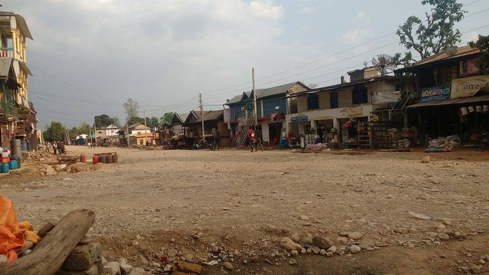 सुर्खेतमा सडक फराकिलो बनाउने अभियान, पञ्चनपुरी नगरपालिका पनि अगाडि सर्यो