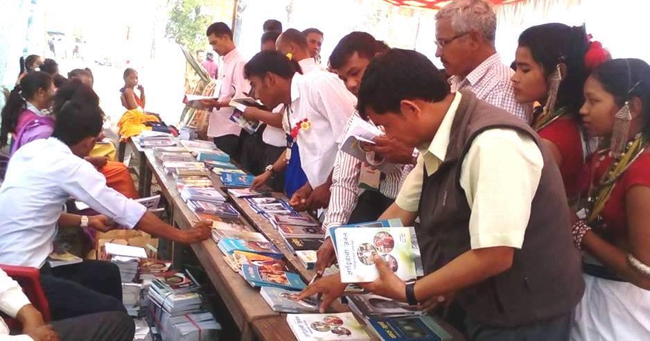 थारु साहित्यको विकासको लागि अक्षयकोष स्थापना र राष्ट्रिय सम्मेलनको तयारी