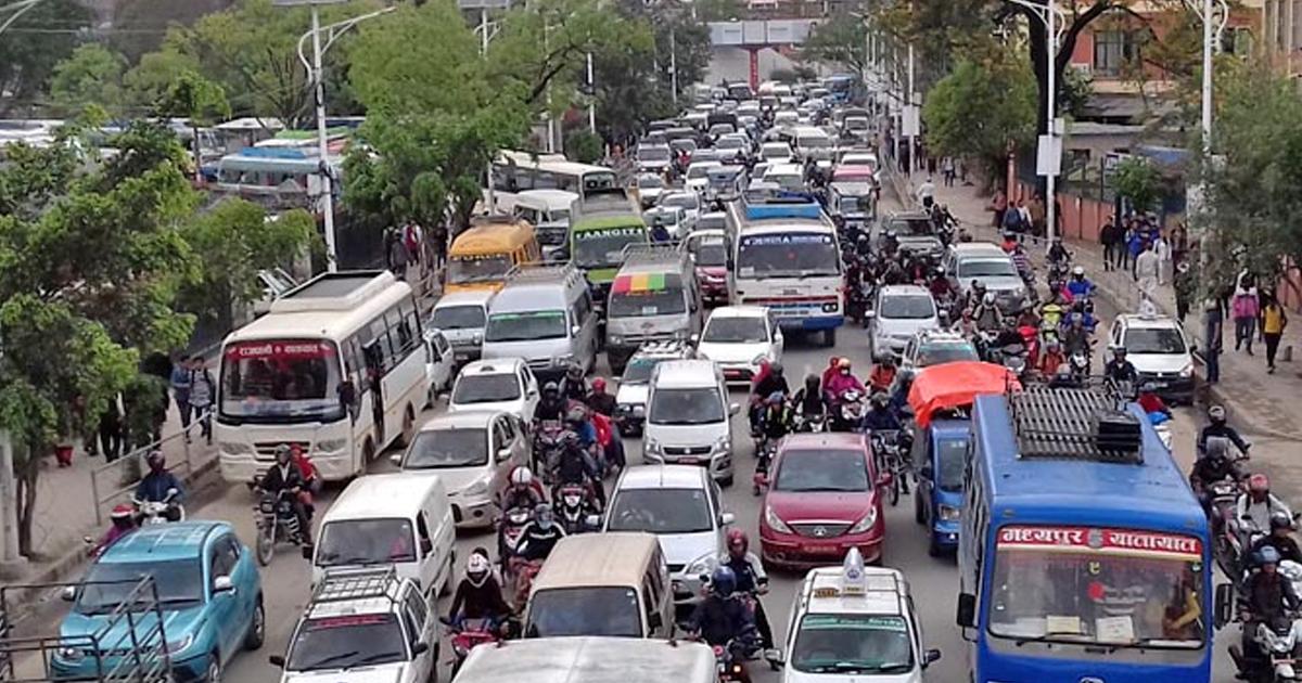 ९ प्रतिशत नेपाली मोटरसाइकलका मालिक, २ लाखले चढ्छन् कार