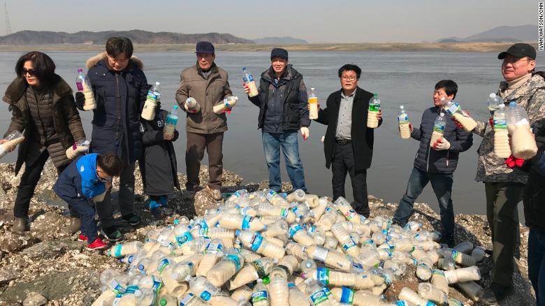 बोतलमा चामल हालेर पठाइन्छ उत्तर कोरिया !