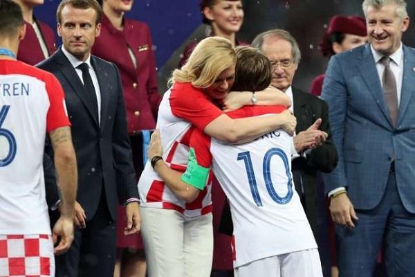 क्रोएसियाकी राष्ट्रपतिले विश्वकप फाइनलमा जितिन् धेरैको मन