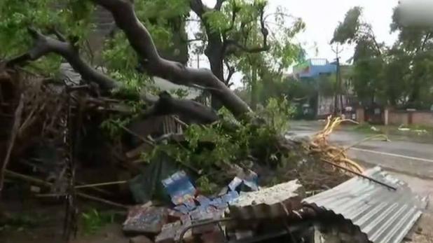 भारतको तमिलनाडुमा गाजा आँधीका कारण ११ जनाको मृत्यु