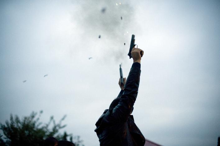 मध्यरातमा रसुवाको कालिकास्थान क्षेत्र तनावग्रस्त :  १३ राउण्ड हवाइ फायर, धादिङमा बम