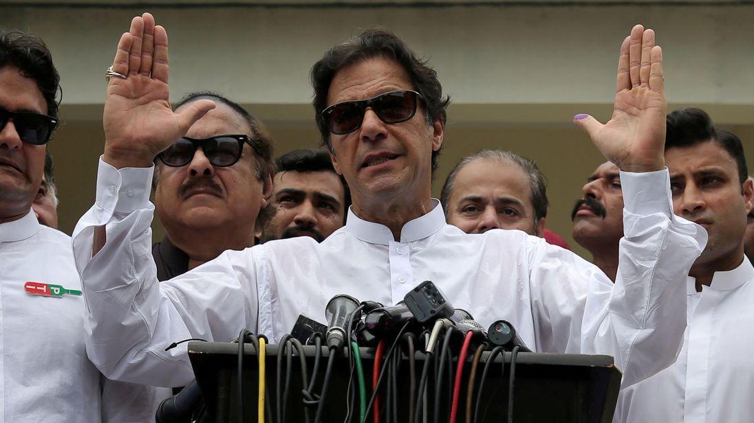 पाकिस्तान : नयाँ प्रधानमन्त्री खानले आज शपथग्रहण गर्ने