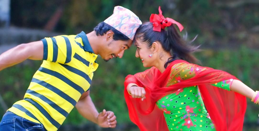 फिल्म समीक्षाः भाँडाकुटीजस्तो 'झ्यानाकुटी'