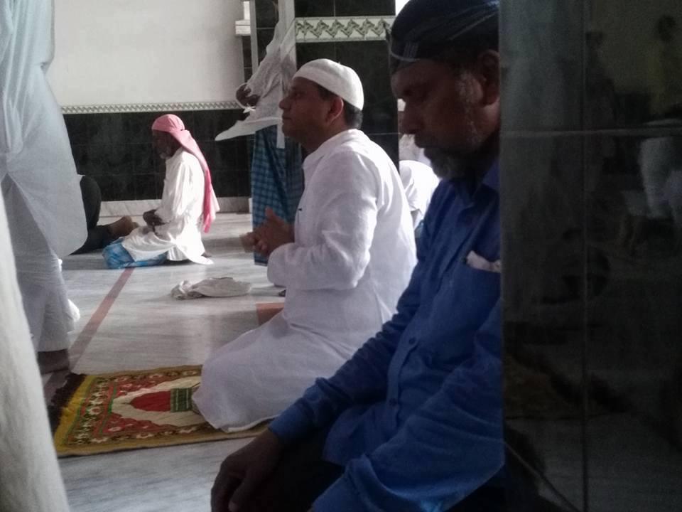'कडा उपवास' बसेका मुख्यमन्त्री पुगे जनकपुरको मस्जिद