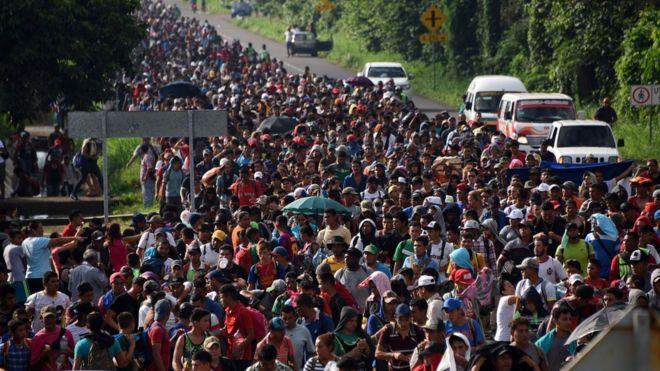 होन्डुरस, ग्वाटेमालाबाट आप्रवासीको लश्कर : हुलका हुल मानिस किन पस्न खोज्दैछन् अमेरिका ?
