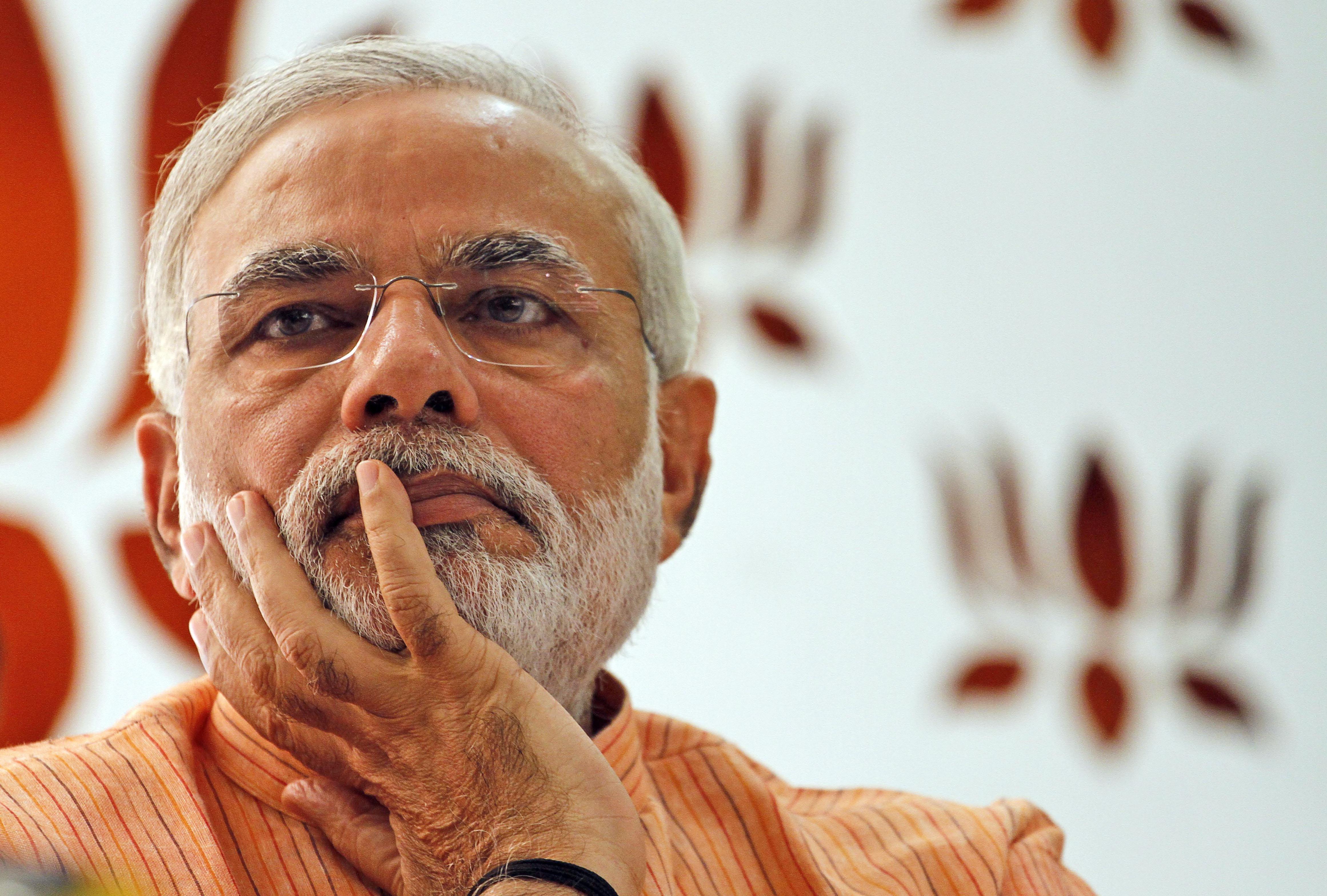 भारतीय प्रधानमन्त्री मोदीले पाकिस्तानलाई झण्डै तीन लाख तिर्नुपर्ने