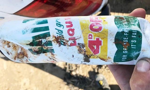 ५० वर्षअघि समुद्रमा फालिएको प्लास्टिक बोतल अहिले फेला पर्यो