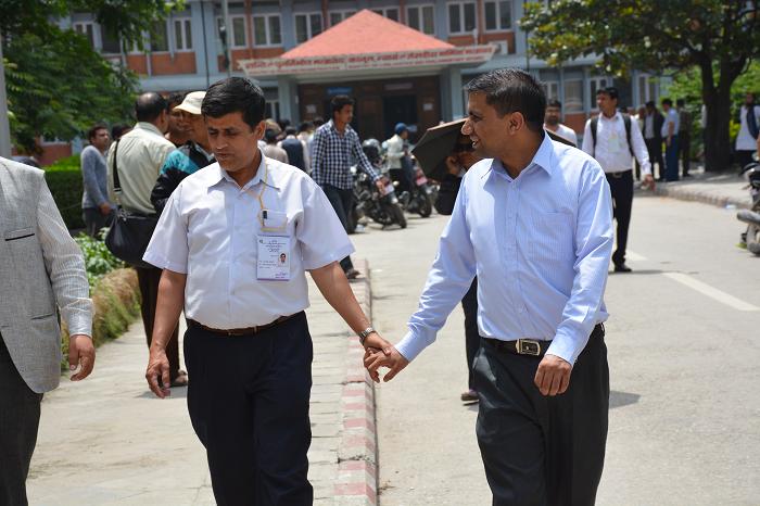 सरकारी कर्मचारीको सरुवा रोकियो, समायोजन नहुँदासम्म नखुल्ने