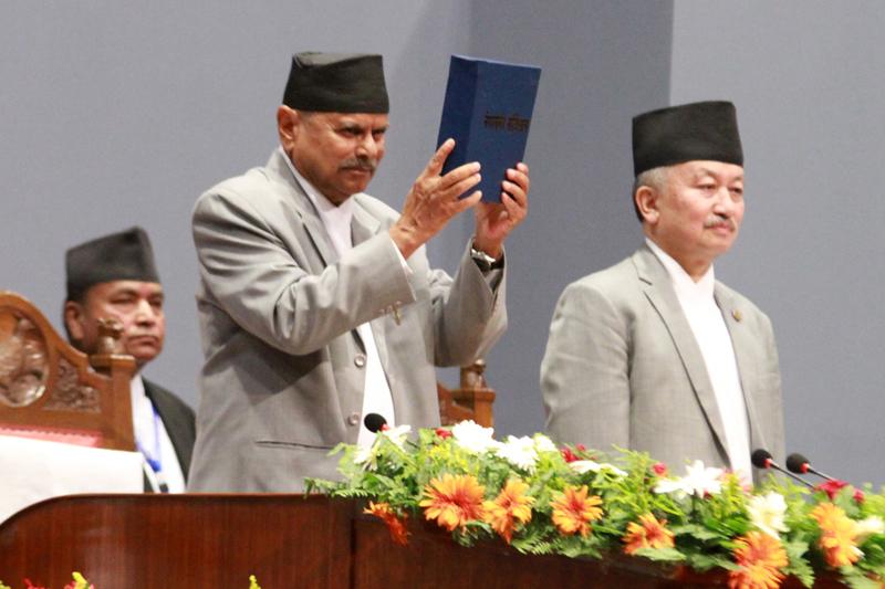 संविधान दिवस : निकाससँगै विकासको आशा