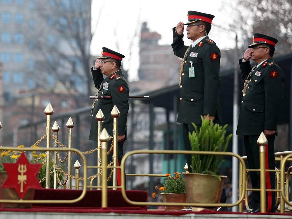 राजनीतिक संक्रमण, विखण्डनकारी चलखेल र सेनाको सजगता