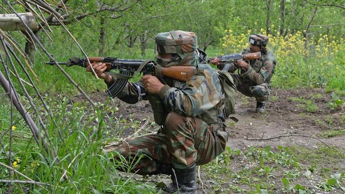 काश्मीरमा दोहरो गोली हानाहान, १ सैनिकसहित ६ जनाको मृत्यु