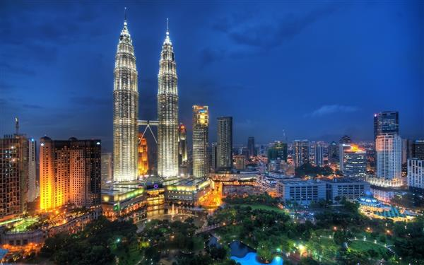 मलेसियाका पूर्वप्रधानमन्त्रीकी श्रीमतीलाई १७ आरोप