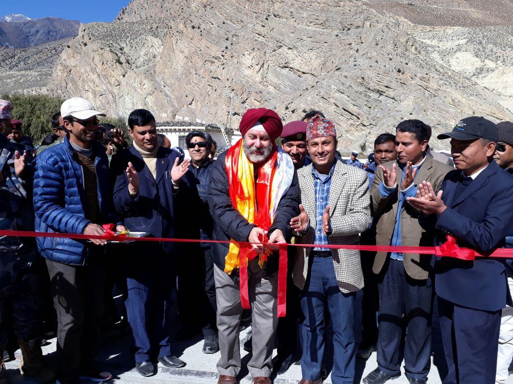 जोमसोममा पुल उद्घाटनगर्दै राजदूत पूरीले भने, 'मुस्ताङको विकासमा सघाउन भारत इच्छुक'