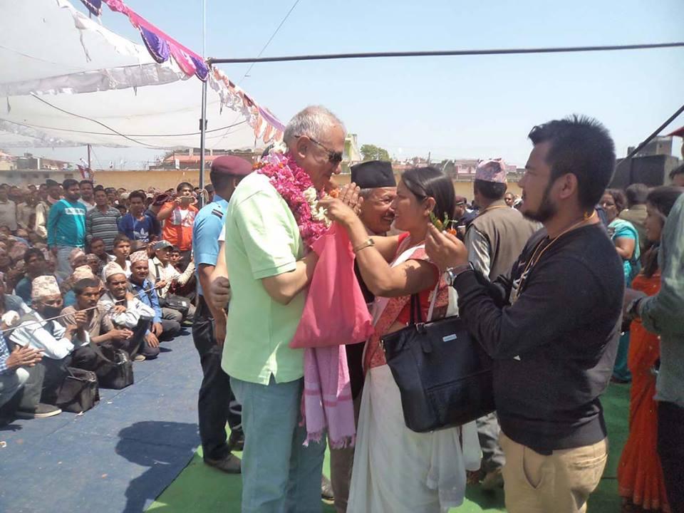 दुई नम्बरको चुनाव : दाइ कांग्रेसको घरमा भाइ कांग्रेसको भीड !