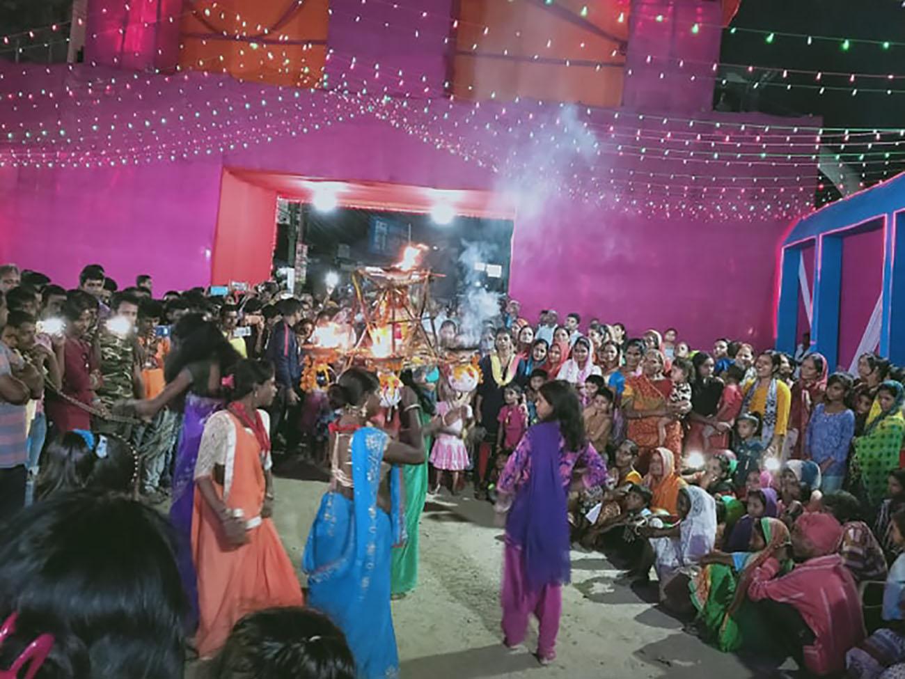 झिझियामय मिथिला : गाउँदेखि शहरसम्म महिलाहरूको अद्भुत नृत्य 'झिझिया'