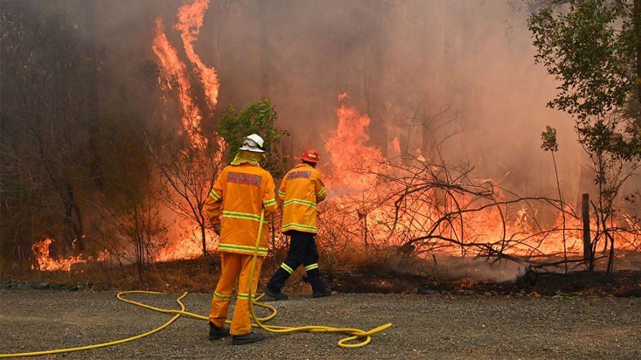 अष्ट्रेलियाको जंगलमा भीषण आगलागी, ३ को मृत्यु ४ बेपत्ता