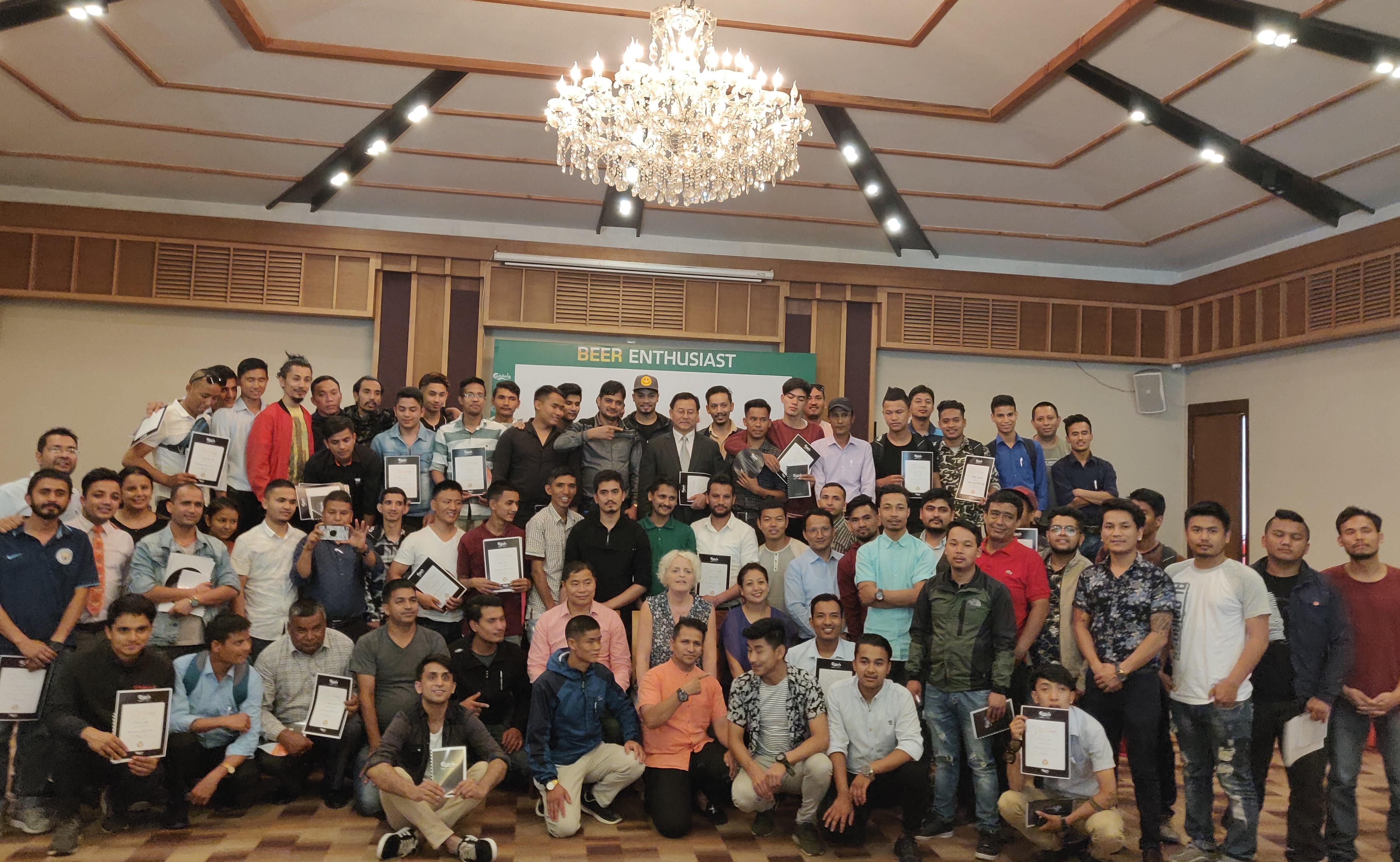 'एक्सबियरियन्स' : गोर्खा ब्रुअरीद्वारा बार स्टाफलाई तालिम
