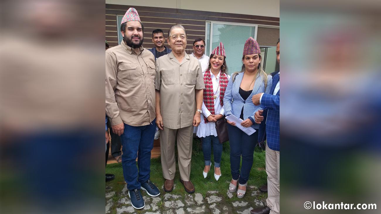 भेनेजुएलाका राष्ट्रपति पुत्रको शिरमा ढाकाटोपी, काठमाडौंमा राजनीतिक भेटवार्ता