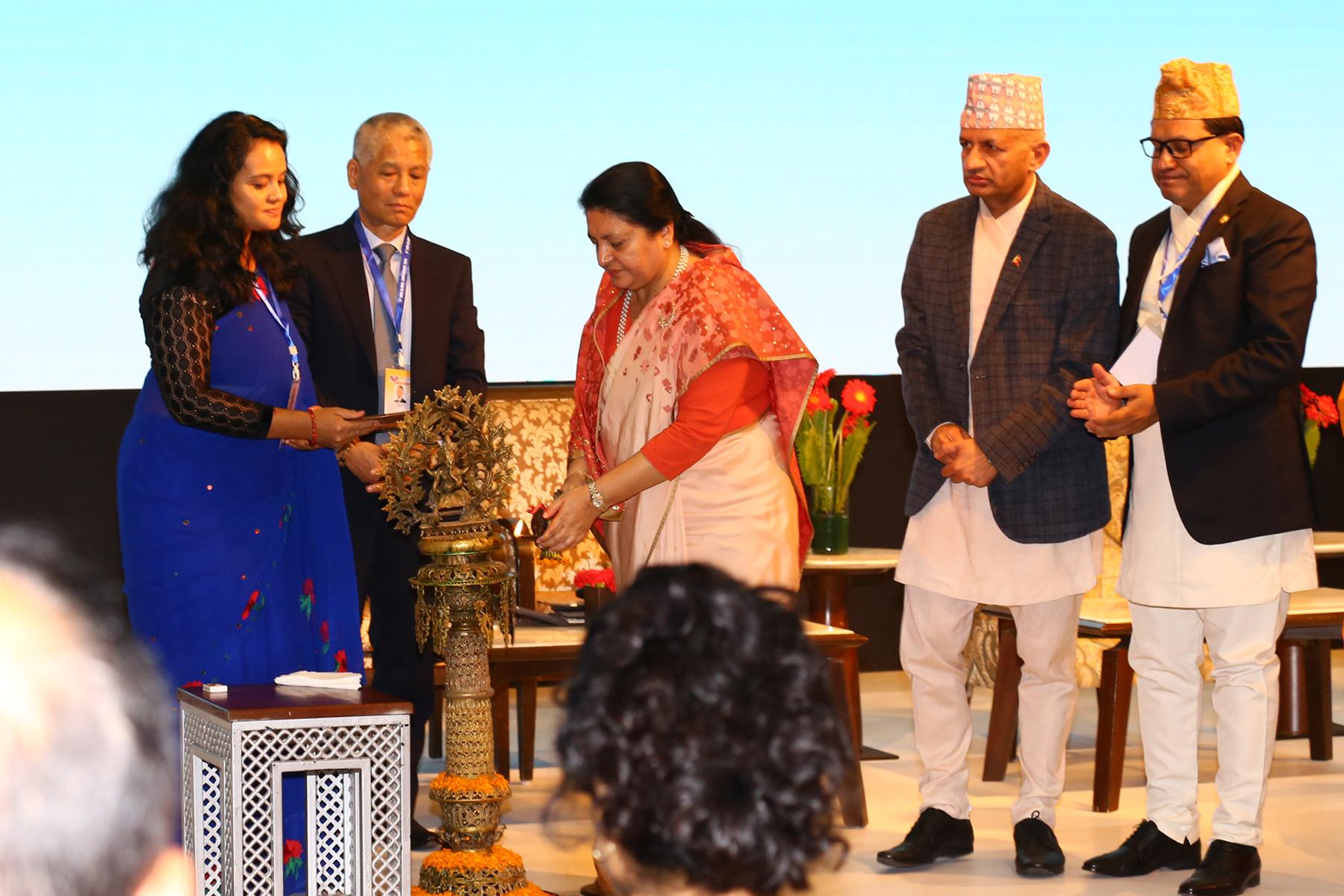 समृद्ध नेपाल निर्माणको महाअभियानमा योगदान गर्न राष्ट्रपतिको आग्रह