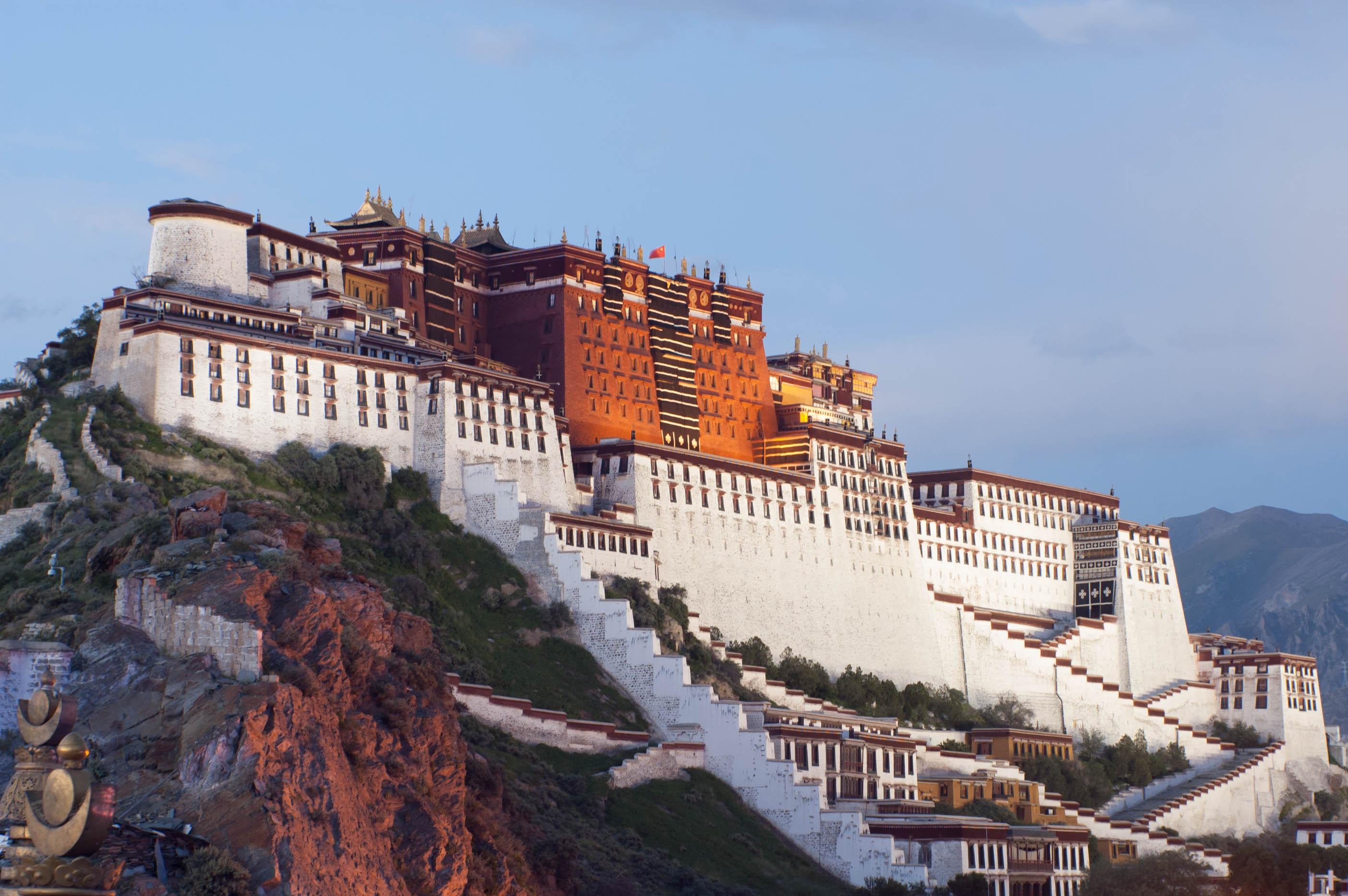 अमेरिकाले तिब्बतमा हस्तक्षेप गरिरहेको चीनको आरोप