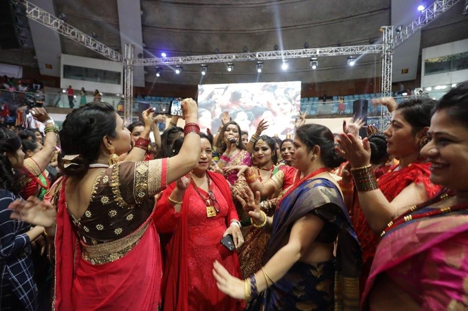 तीजमा सुनिता दुलाल र रामजी खाँडको प्रस्तुतिमा झुम्यो दिल्ली