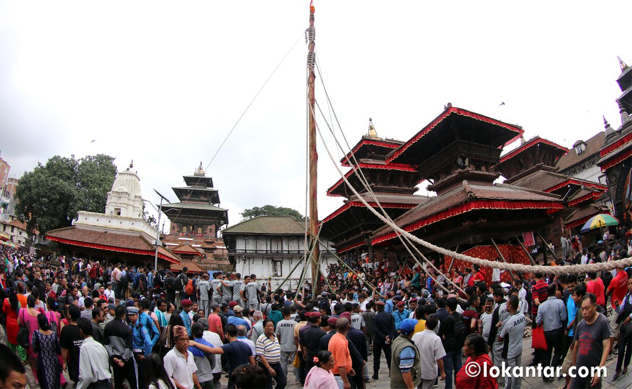 काठमाडौंको नेवार समुदायले इन्द्र जात्रा मनाउँदै (फोटोफिचर)