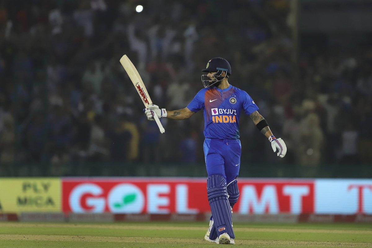 टी-ट्वान्टी क्रिकेटमा सर्वाधिक रन हान्ने खेलाडी बने विराट कोहली