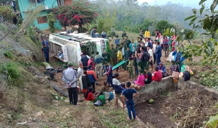 डोटीमा बस दुर्घटना : ११ जना घाइते, ६ गम्भीर