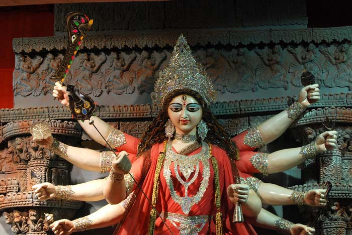 दुर्गा भवानीको पूजा आराधना गरी आज महाअष्टमी पर्व मनाइँदै