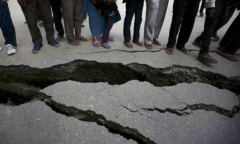 पाकिस्तानमा ५.८ म्याग्निच्युडको भूकम्प, सडक चिरिए