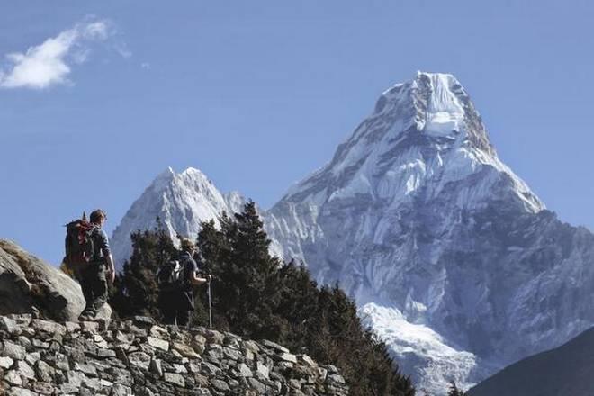 नेपाल आफैंले सगरमाथाको उचाई नाप्दै, समुद्री सतहमा बिन्दु निर्धारण गर्ने काम सकियो