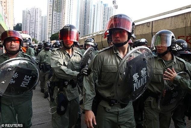 चीनले दंगा नियन्त्रणका लागि बनायो सोनिक गन, भीडका मानिस थतर्किएरै भागाभाग