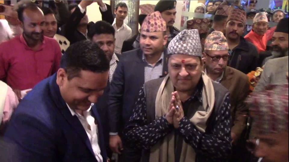 ज्ञानेन्द्रसँग झस्कियो सरकार, भारतीय राजदूतसँगको गोप्य भेटले खैलाबैला