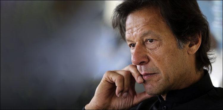 प्रधानमन्त्री इमरान खानसँग चिढियो पाकिस्तानी सेना