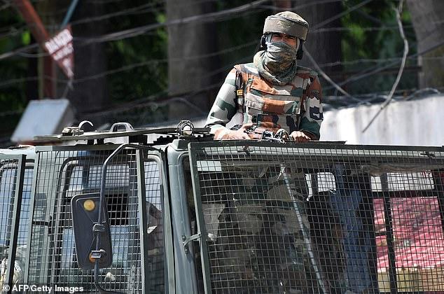 कश्मीरमा भारतीय सेनाले दुई पाकिस्तानी नागरिक मारेको दाबी