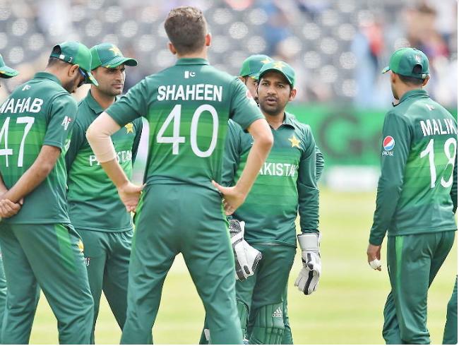 भारतसँग हारेपछि पाकिस्तानी क्रिकेट टीममाथि प्रतिबन्ध लगाउन निवेदन दायर