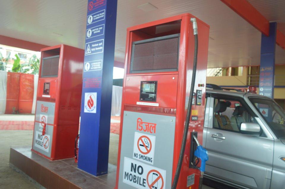 पेट्रोल पम्प बन्द नगर्नआयल निगमको निर्देशन