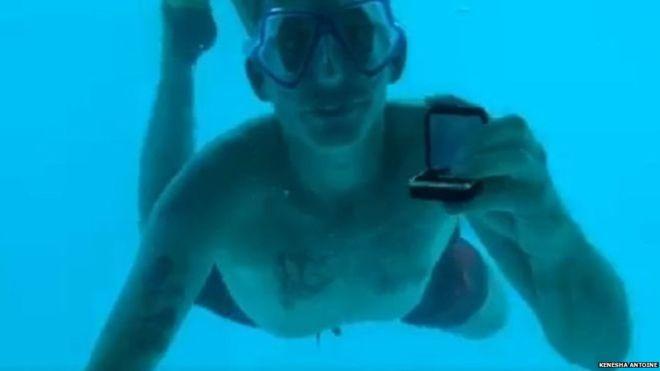 प्रेमिकालाई पानीमुनि गएर प्रपोज गर्ने व्यक्तिको त्यही पानीमा डुबेर मृत्यु (भिडियो)