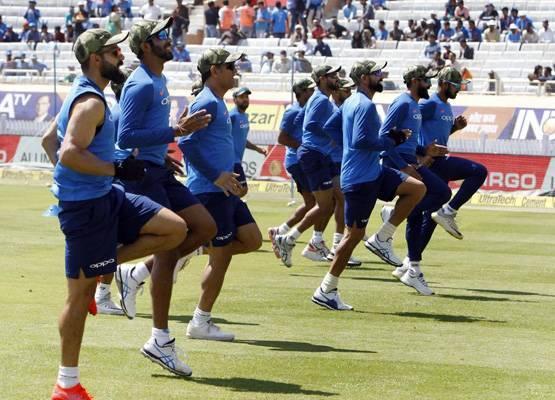 क्रिकेट खेलाडीले सेनाको टोपी लगाएकोप्रति पाकिस्तानको आपत्ति