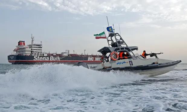 इरान र अमेरिका : युद्ध चर्काउनु कसैको हितमा छैन