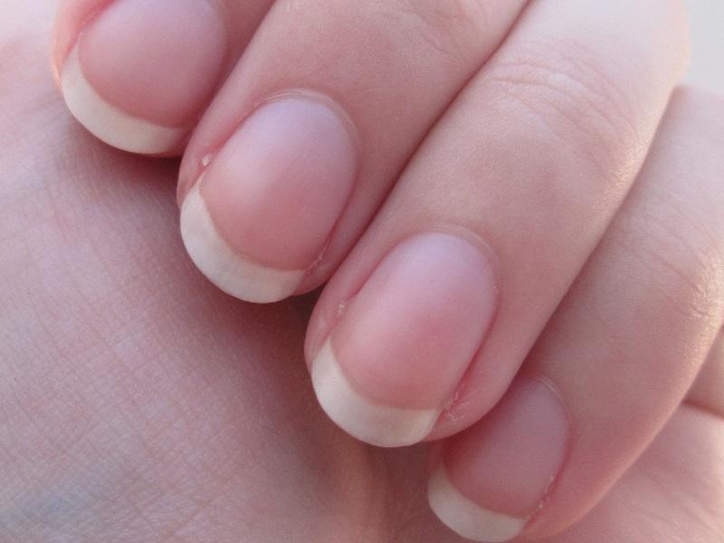 मानिसहरू किन टोक्छन् नङ ? छ मनोवैज्ञानिक कारण