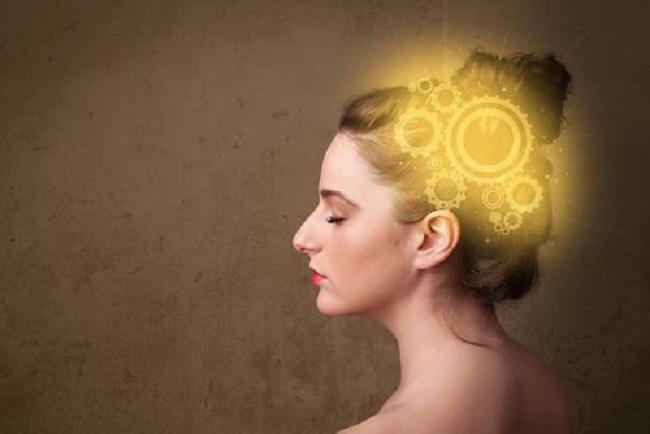 पुरुषको तुलनामा बढी सक्रिय हुन्छ महिलाको दिमाग